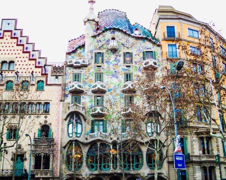 Casa Batllo - Antoni Gaudi Guide to Barcelona