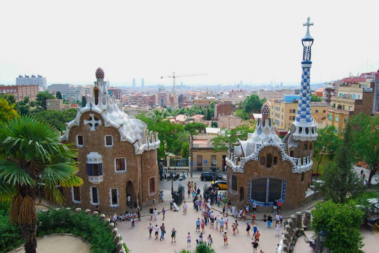 """""""Ginger Bread House"""" Pavilion - The Ultimate Guide to Antoni Gaudi's Park Guell"""