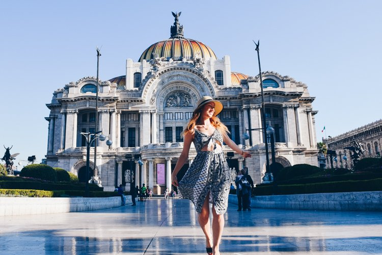 Palacio de Bellas Artes - 20 Photos Inspire You to Visit Mexico City, Mexico