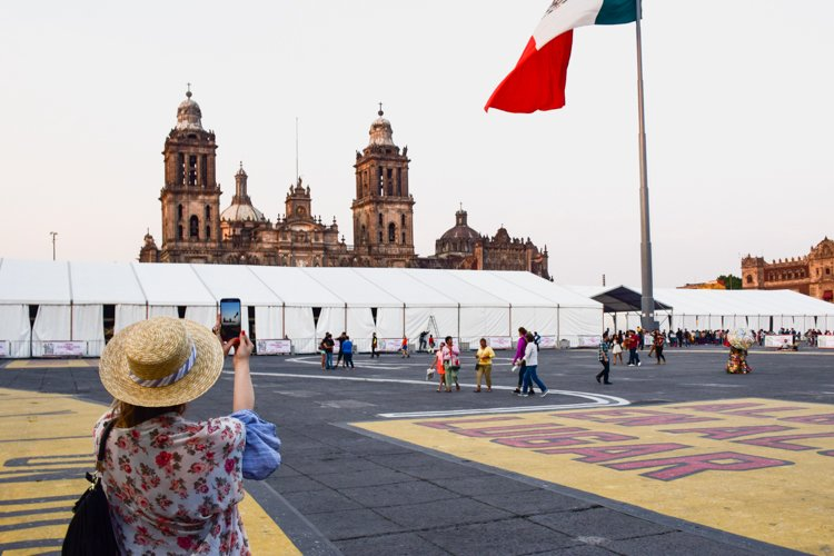 Mexico City Metropolitan Cathedral - Tips for taking great photos of yourself
