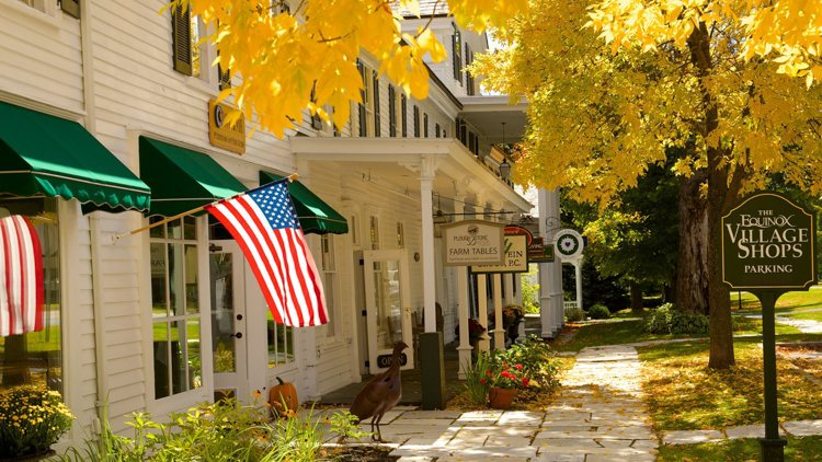 Best Places to Visit in the Fall - Manchester, Vermont