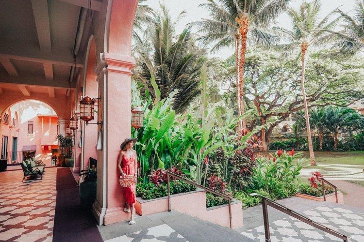 Hawaii Instagram Spots - The Royal Hawaiian